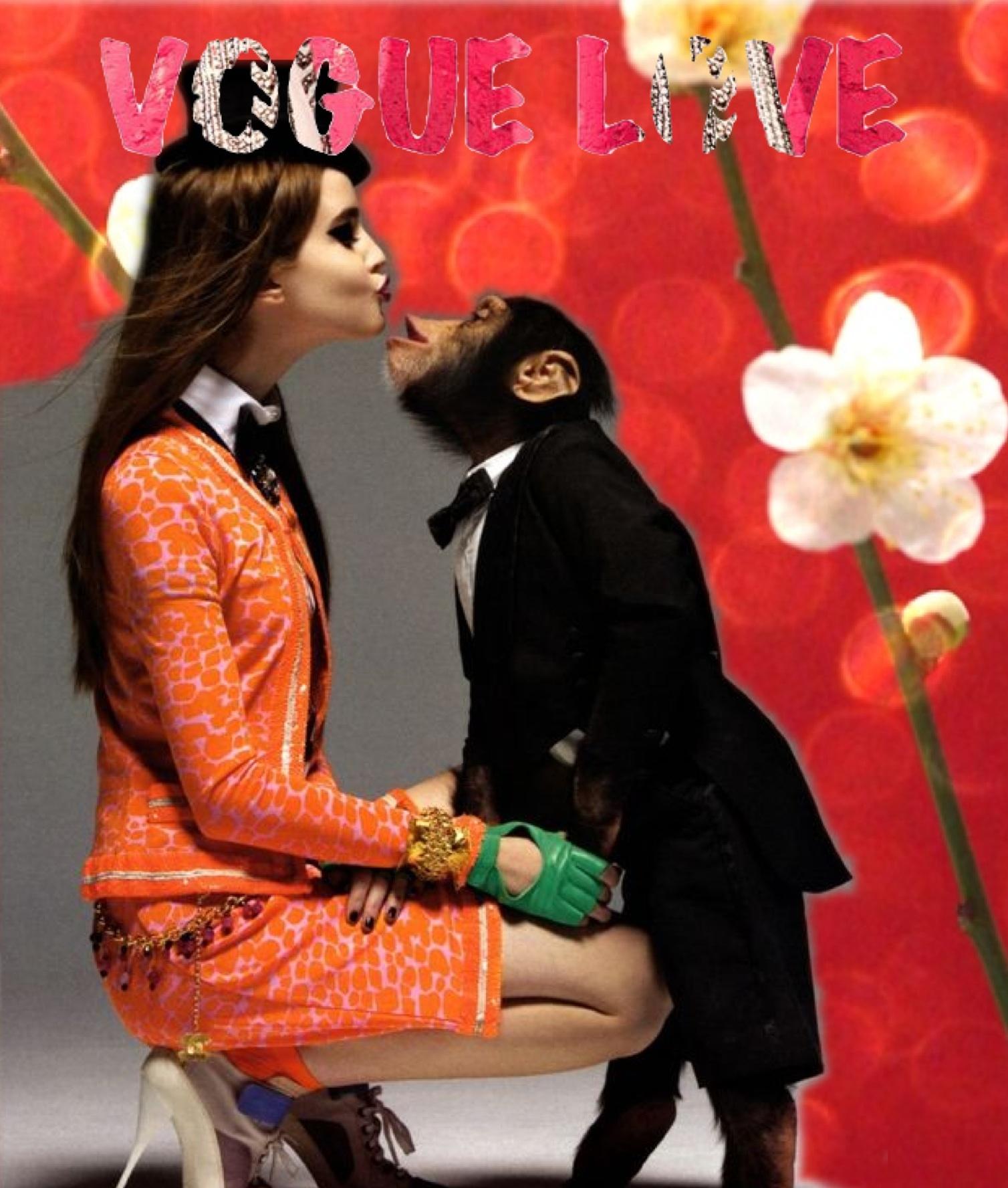 Фото девушек с обезьяной